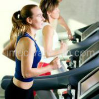 Weight Loss Exercises that Burn the Most Calories with women on a treadmill
