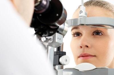 Habits Damaging Your Eyes